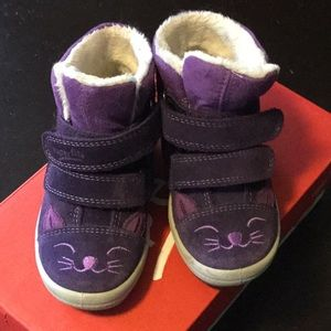 EUC. Toddler booties with Gore-Tex